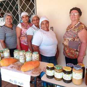 Mulheres conquistam independência financeira com produção de doces econservas
